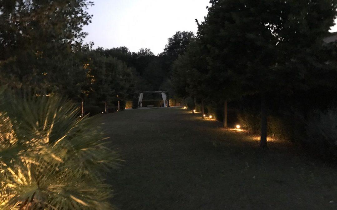 Come realizzare l illuminazione per vialetti esterni giardini